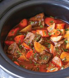 Crockpot beef and beer stew recipe slow cooker coq au vin slow cooker pot roast Slow Cooker Stew Recipes, Slow Cooker Beef, Crockpot Recipes, Soup Recipes, Classic Beef Stew, Stew And Dumplings, Potted Beef Recipe, The Best, Crock Pot