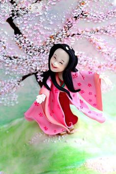 Princess Kaguya from The Tale of the Princess Kaguya. | 33 Studio Ghibli Cakes That Are Guaranteed To Blow You Away