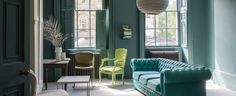 Paint & Wallpaper - from traditional craftsmen Farrow & Ball Farrow Ball, Farrow And Ball Paint, Art Deco Living Room, Boho Chic Living Room, Living Rooms, Turbulence Deco, House Inside, Contemporary Interior Design, Decoration