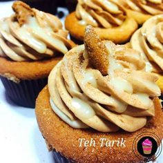 Teh Tarik cupcake Singapore Food, Cakes And More, The Dish, Apple Pie, Special Occasion, Spicy, Cupcakes, Sweets, Baby Cakes