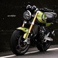 Spirit-Z (@gonchoklobsang) • Photos et vidéos Instagram Motorcycle, Vehicles, Photos, Instagram, Pictures, Motorcycles, Car, Motorbikes, Choppers