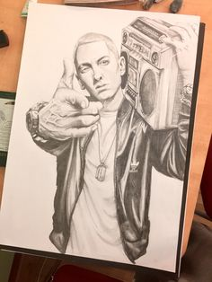 Eminem Sketch Cartoon Drawings, Easy Drawings, Drawing Sketches, Eminem Drawing, Eminem Tattoo, Estilo Cholo, Eminem Wallpapers, Cute Pastel Wallpaper, Eminem Rap