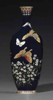 Cloisonné Vase   MEIJI PERIOD (LATE 19TH CENTURY)