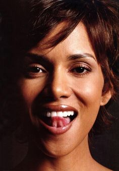 http://www.perfectpeople.net/photo-picture-image-media/Halle-Berry-765x1095-99kb-media-15-media-148629-1241739302.jpg