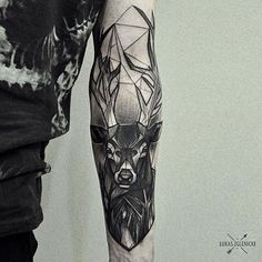 Gorgeous geometric deer tattoo !