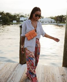 Fashion Dresses Love those cute print pants with simple striped shirt. Casual Summer Dresses, Summer Outfits, Hot Day Outfit, Chic Outfits, Trendy Outfits, Spring Summer Fashion, Boho Chic, Bohemian, Streetwear