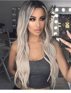 Shop our online store for blonde hair wigs for women.Blonde Wigs Lace Frontal Hair Silver Blonde Bob From Our Wigs Shops,Buy The Wig Now With Big Discount. Frontal Hairstyles, Wig Hairstyles, Beauté Blonde, Black Roots Blonde Hair, Blonde Waves, Platnium Blonde Hair, Brown Hair, Blonde With Dark Roots, Pinterest Hair