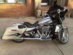 motorcycles-scooters: Harley-Davidson: Touring Harley Davidson Street Glide CVO… #harleydavidsonstreetglidecvo #harleydavidsonglide