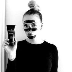 Beccaalexandra prøver Decrusto Black Peel Off Mask Fåes kun på nett! Online only  #decrusto #peeloff #peel #peeloffmask #svartmaske #blackmask #mask #spa #skincareroutine #skincare Skin Care, Photo And Video, Lifestyle, Beautiful, Instagram, Women, Prepping, Skincare, Skin Treatments