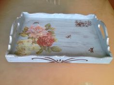 Tepsi Painted Trays, Painted Boxes, Wooden Trays, Decoupage Glass, Decoupage Box, Tole Painting, Painting On Wood, Cake Cover, Chalk Paint