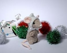 Fuzzy Thoughts: Holiday Mice free pattern! by Carmen Perry
