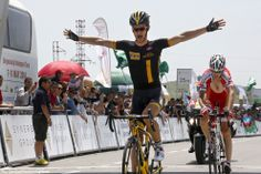 PezCycling News - Tour d'Aerbaidjan'14 St.4: The always awkward looking Linus Gerdemann (MTN-Qhubeka) made a sucessful return to the winner's circle today winning the Queen stage ahead of Rusvelo's Ilnur Zakarin. Zakarin took command of the GC with his breakaway and looks in very good shape to take the overall title with just one stage remaining. Pic:CorVos/PezCyclingNews