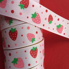 Ruban gros grain fraises 26mm