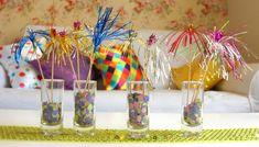 A folia está sendo em casa??? Aproveite as Dicas para Decorar sua Festa!!! curta Identità Marcenaria art & design contato@identita.com.br