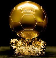 Balón de Oro 2013 es para Cristiano Ronaldo  Cristiano Ronaldo*, delantero del Real Madrid, acaba de ser galardonado con el Balón de Oro 2013 en la ceremonia de gala que se celebró en Zúrich. Este premio designa al mejor jugador del mundo y es...