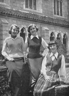 PDF - 1950s Vintage Knitting Patterns - Ladies Vests by DarlingTimes