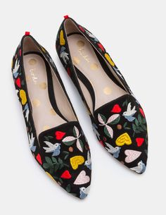 Who says flats can't be the most glamorous shoes in the room? With intricate, colourful embroidery and pretty motifs, all eyes will be on your elegant pointed-toe slippers. Made from buttery soft suede, they're finished with a delicate grosgrain trim on the back.