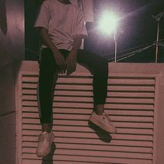 pull up on me Grunge Photography, Photography Poses For Men, Tumblr Photography, Aesthetic Boy, Aesthetic Pictures, Tmblr Girl, Theo Theo, Cute Boys Images, Cute Korean Boys