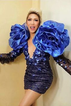 Giving us no less than extravagance, Vice Ganda shows us how it's done to be a real superstar in Idol Philippines. Here are our favorite looks. Sheer Dress, I Dress, Michael Cinco Gowns, Vice Ganda, Neon Dresses, Red Bodysuit, Alan Walker, Red Blazer, Filipino