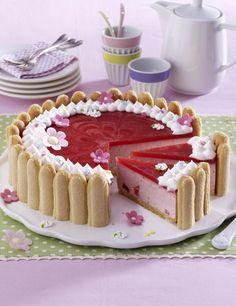 Unser beliebtes Rezept für Erdbeer-Charlotte und mehr als 55.000 weitere kostenlose Rezepte auf LECKER.de.