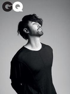11 Korean men who make sexy facial hair work