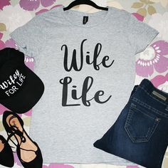 """""""Wife Life"""" Grey Graphic Top"""