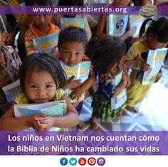 Los niños de Vietnam cuentan con sus propias palabras cómo la Biblia de Niños está cambiando sus vidas. Oremos por ellos y para que la Palabra siga extendiéndose. https://www.puertasabiertas.org/noticias/Vietnam20151028