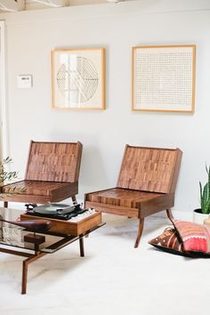 Sitskie Design Studio is a Detroit–based furniture company run by designer Adam Friedman that specializes in innovative, handcrafted wood furniture. Eclectic Furniture, Fine Furniture, Wood Furniture, Outdoor Furniture, Outdoor Decor, Exposed Wood, Furniture Companies, Layout Design, Wall Decor