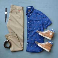 "10k Likes, 168 Comments - Phil Cohen (@thepacman82) on Instagram: ""Monday Mood ☀️ #springisnow Shoes: @adidasoriginals Stan Smith Shirt: @ledburyshirts Sweater:…"""