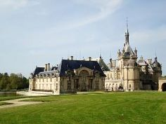 Chateau de Chantilly - Castles, Palaces and Fortresses