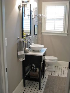 {me}longings studio : A Peek into my Guest Bathroom..bathroom colors