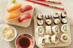 Sushi Variationen, ein gutes Rezept aus der Kategorie Fisch. Bewertungen: 69. Durchschnitt: Ø 4,3.