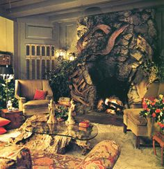 Squeaky-voiced actress Jean Arthur's house in Carmel California, Equal parts Lady Snowblood and The Ghost and Mrs. 1970s Living Room, Living Room Sets, Living Spaces, Abandoned Farm Houses, Jean Arthur, Storybook Homes, Cosy Room, Rock Fireplaces, Room Themes