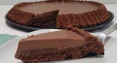La Torta Lindt è un dolce golosissimo, dedicato a tutti gli amanti del famoso cioccolato che si scioglie in bocca. Dal sapore particolare, questa tipologia di cioccolato è unico. Per cui abbiamo deciso di realizzare una Torta per rendere felici tutti quelli che preferiscono i Lindor a qualsiasi altro cioccolatino! La preparazione della torta è...Read More