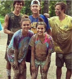 I really like this picture because I really like Sadie Robertson and because of Scotty being in it. Some members of my extended family that live in Raleigh know him personally and it is cool to see someone that i (kind of) know with the Robertsons. Don't believe me? Check out this website; Jenna is my cousin:) http://www.fansofscotty.com/2011/12/scotty-mccreery.html