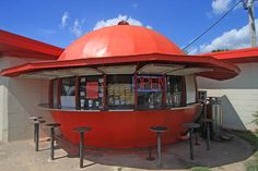 Roadside Attractions in Arkansas: Mammoth Orange Cafe in Redfield