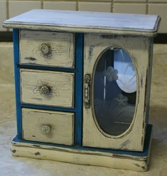 Vintage Jewelry Box Shabby Chic Antiqued by DanielsVintage on Etsy