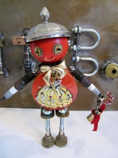 'Darin Bot' - found object robot sculpture assemblage made by Bitti Bots (Cheri Kudja)