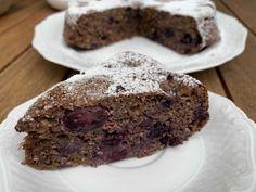 ✅proteinreich ✅Kalorienarm ✅einfach zuzubereiten ➔ Das Rezept zum Schoko-Karamell Blaubeer Kuchen findest du ab sofort auf dem Blog.