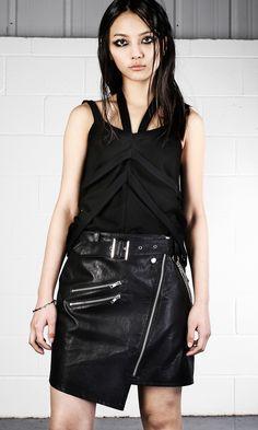 b6c23560fb A(z) Disturbia nevű tábla 58 legjobb képe | Alternative fashion ...