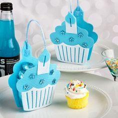 Como hacer un recuerdo de cupcakes para Baby Shower