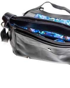 Bolsa de couro carteiro Elisabeth preto e dourado- LEPRERI - Leather satchel handbag made in brasil