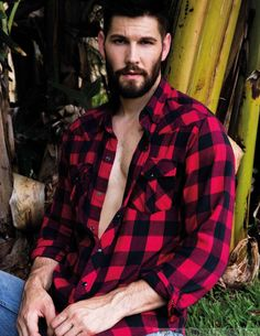 Introducing Teen Wolf's Latest Pack Member Casey Deidrick Gideon Cross, Hairy Men, Bearded Men, Lumberjack Men, Casey Deidrick, Awesome Beards, Male Magazine, Sexy Shirts, Raining Men