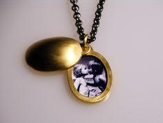 """Medaillonketten - """"Lieblingskette"""" Foto-Medaillon - ein Designerstück von leonylui bei DaWanda"""