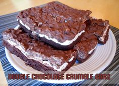 Double Chocolate Crumble Bars - These are fantastic bars! Click through for recipe.