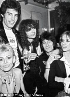 BRITT EKLAND, A FRIEND, RON WOOD AND JO WOOD