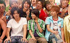 Hanazakari no kimitachi e, le drama japonais avec Shun Oguri Hanazakari No Kimitachi E, Shun Oguri, Japanese Drama, Drama Series, Series Movies, Memes, Actors, Couple Photos, Gumiho