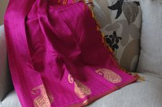 KANCHIPURAM SILK Border and Pallu : Zari Body Colour : Pink Border Colour : Golden Blouse Colour : Pinkish Orange Blouse : With Blouse Border : Double Side Good for any wedding wear.