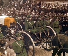 Funeral of Michael Collins, Aug 1922 Ireland 1916, Dublin Ireland, Ireland Travel, Irish Republican Army, Republican News, Irish Independence, Irish American, American Girl, Michael Collins