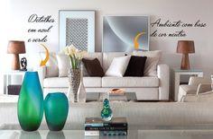 Vasos e peso de papel em azul e verde dão suavidade e quebram um pouco a neutralidade das cores do ambiente. #camilakleinarquiteta #decoração #saladeestar #living #interiordesign #architecture #arquitetura #decor